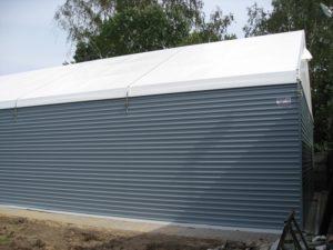 Namiot magazynowy z blaszanych ścian
