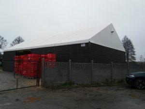 Wysoka konstrukcja namiotu magazynowego