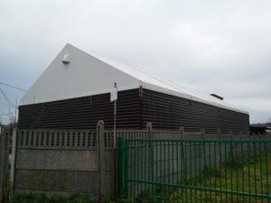 Silna i mocna konstrukcja namiotu magazynowego